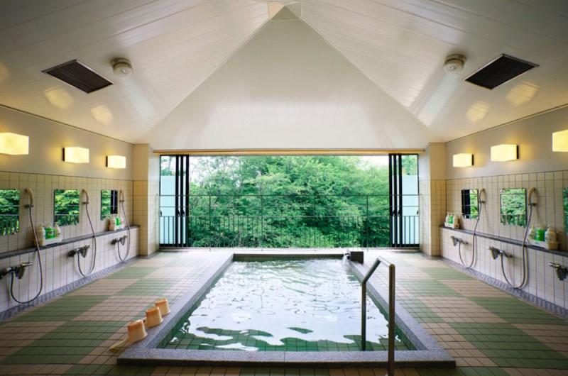 大浴場 宇多野ユースホステル